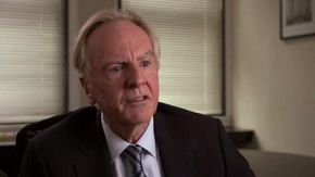 John Sculley discusses the earliest tablet platform and the iPad of today in this Curiosity video.