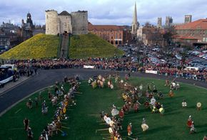 Reenactment of the Battle of York by the Vikings against the English