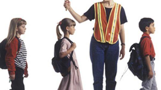 How to Volunteer to Help Children