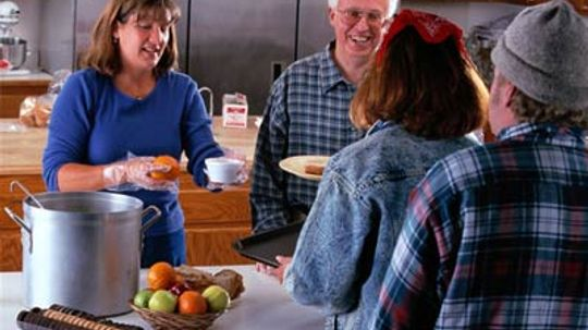 How to Volunteer at a Soup Kitchen