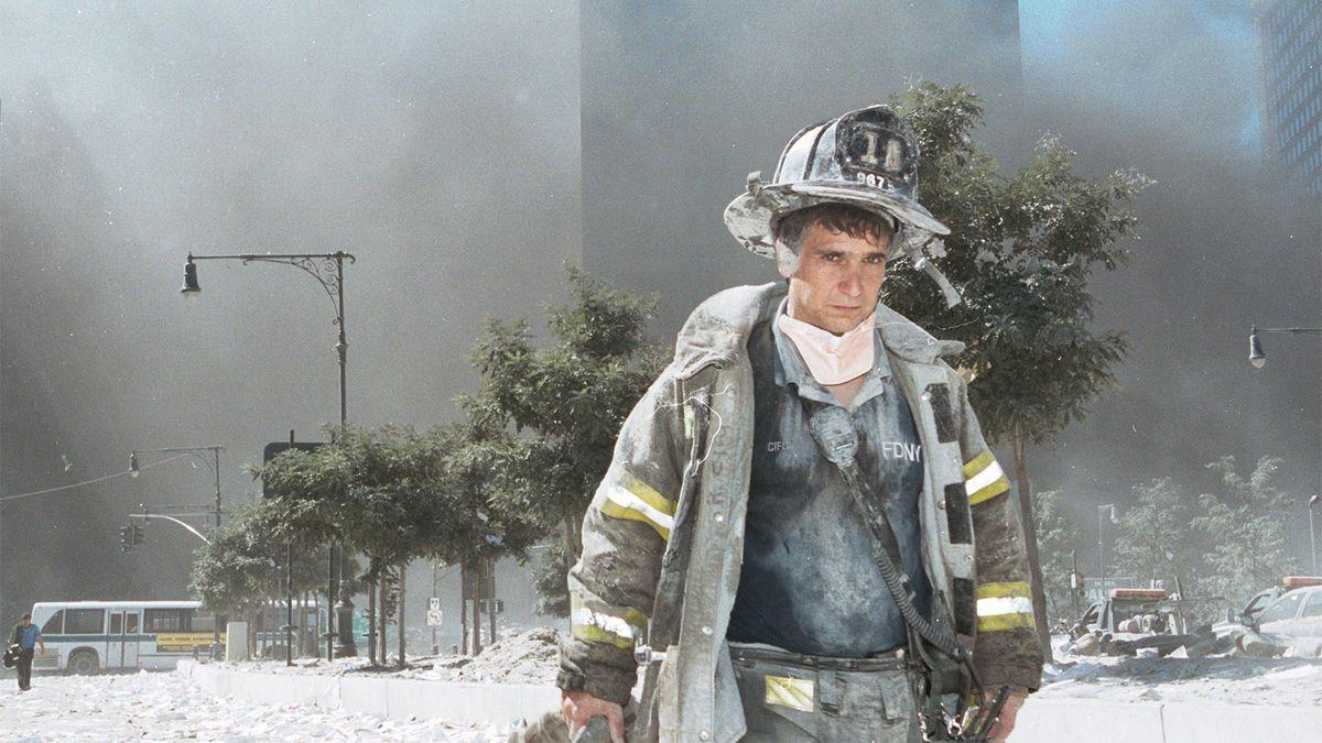 20 anos depois, sobreviventes do 11 de setembro ainda estão enfrentando a precipitação de poeira tóxica