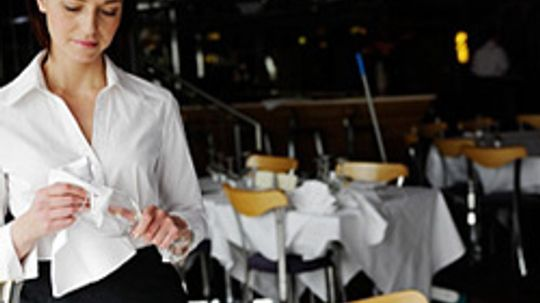 10 Things Your Waiter Doesn't Want You to Know