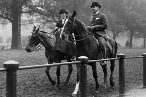 A couple rides horses in 1913 in Hyde Park, from which the circus supposedly got its name.