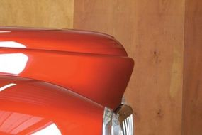 Westergard dramatically changed the look of the 1940 Mercury hood by peaking the nose with a stepped design.