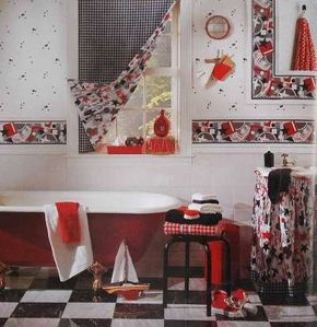 The checked fabric on this flat-panel curtain is a classic, blending with the old-fashioned tub. But a fun fabric lining brings the entire room into the present.