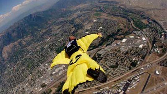 How Wingsuit Flying Works