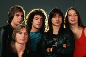 Jonathan Cain, Ross Valory, Neal Schon, Steve Perry and Steve Smith in all their Journey glory. Note: None of them were born and raised in south Detroit.