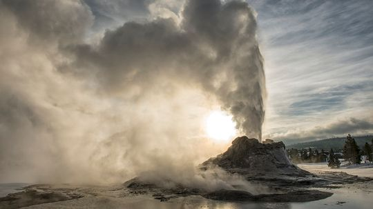 What if the Yellowstone Supervolcano Erupted?