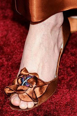 """Singer Kathleen """"Bird"""" York wore these expensive stunners to the 2006 Oscars."""