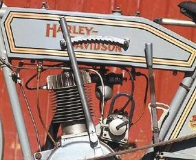 """A tall lever on the left side of the tank activated the """"Free Wheel Control,"""" Harley's early clutch system."""