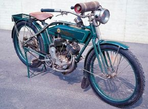 The 1913 Reading Standard had a good 990-cc V-twin from a company that was but one among scores of motorcycle builders that wouldn't survive the 1920s. See more motorcycle pictures.