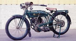 Reading Standard offered the the flathead motorcycle engines in the United States.
