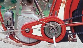 A Bosch magneto sat ahead of the crankcase of the 35-cubic-inch Spake-built single.