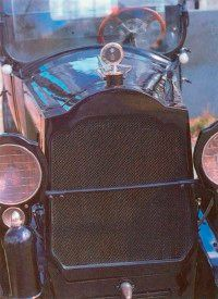 This 1920 Twin Six sports a shiny Motometer cap atop the radiator.