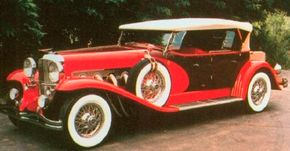 In the Eighties, Elite Heritage Motors Corporation, of Elroy, Wisconsin, built a Model J replica (actually the SJ-supercharged) called the Duesenberg II Royalton.