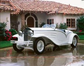 The 1930 Isotta Fraschini 8A Flying Star Roadster choice for the rich and famous. See more pictures of classic cars.