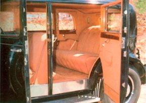 The Marmon Sixteen's interiors were as elegant as one would expect. Only the finest materials were used, as on this elegant 1933 five-passenger sedan.