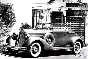 A single-shade example of the 1932 Graham Blue Streak Model 58 Six convertible coupe