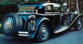 Standing a mere 59 inches high, the 1933 Delage D8S Sports Coupe beautifully complements the 130-inch wheelbase.