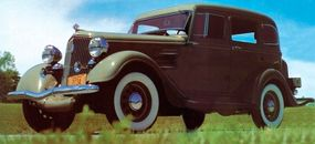 The 2,848-pound 1934 Plymouth PE DeLuxe helped bring the automaker out of the Depression.
