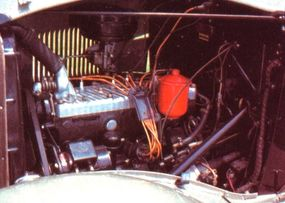 The 1934 Plymouth PE DeLuxe was powered by a 201.3-cubic-inch L-head inline six engine.