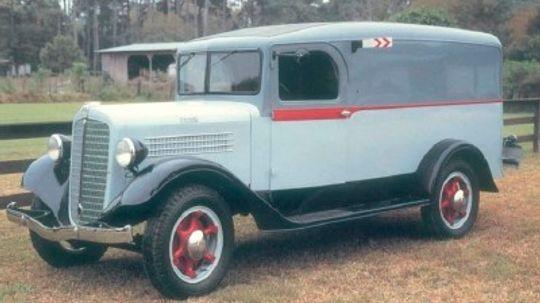 1935-1936 Stewart Panel and Dump Truck