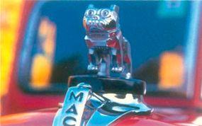 Mack's distinctive bulldog mascot graced the hood of the 1937-1938 Mack Jr half-ton pickup.