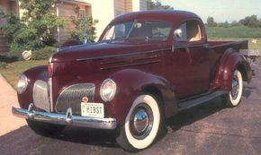 The rakish 1939 Studebaker L5 Coupe-Express closed out Studebaker's ahead-of-its-time, three-year experiment with the car-pickup concept. See more classic truck pictures.