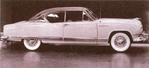 The 1952-1955 Kaiser concept cars included this Sun Goddes hardtop. It was one proposal for a non-sedan model Kaiser sorely needed in the 1950s.