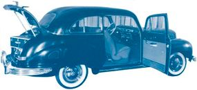 Though roomy for its size, the 6-70 was too small to have sold well in the heady postwar market.