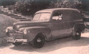 The 1942 Ford Super DeLuxe sedan delivery sold for just $825.