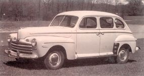 The Super DeLuxe Fordor V-8 cost $1,322 in the early inflationary postwar days; prices were strictly controlled by the government at first.