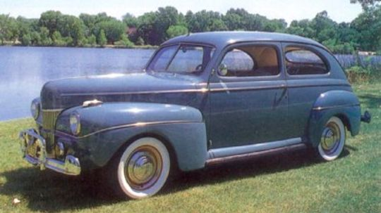 1941-1948 Ford Super DeLuxe