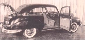 During the war, Willy's president Jim Mooney pushed for a postwar model similar to the Americar.