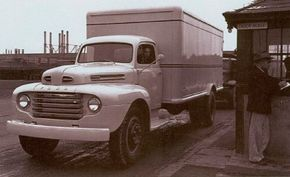 A 1948 Ford F-6 wears an aftermarket cube body on its two-ton chassis.
