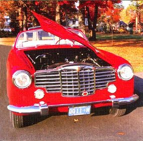 One unique feature of the 1948 Packard Vignale is that the hood can be opened from either side.