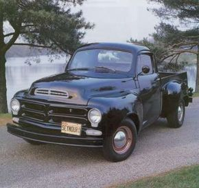 New features on 1956 2E-series trucks included a revised hood and triangular parking lights.