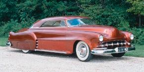 The 1950s Revival Leadsled may look like it is straight from the 1950s, but it was actually built in 1986. See more custom car pictures.