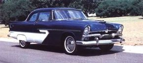 The cross-bar hood and decklid emblems signify a six-cylinder in this 1956 Belvedere Club Sedan.