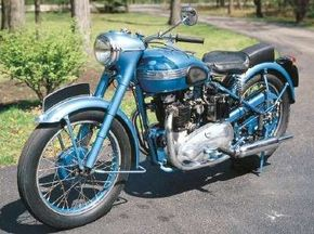 Compared to its smaller Speed Twin model, Triumph's Thunderbird had 150 cc more displacement and eight more horsepower, for total of 34. See more motorcycle pictures.