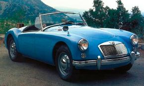 The 1961 MGA 1600 used the 1588cc engine block from the Twin Cam.