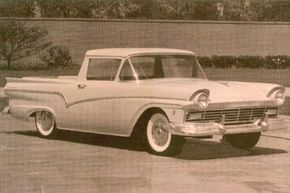 Ranchero Customs could be two-toned in 1957, and many were. White was the color seen on the upper bodysides, hood, and window pillars, with the contrasting color featured above and below.
