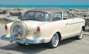 The continental spare-tire carrier was an option that was heavily promoted by Rambler for 1960 American sedans.