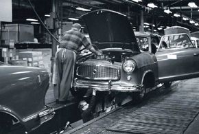 With the benefit of a full model year in 1959, assemblies of Rambler Americans tripled to 91,491 cars.
