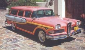 The vertical grille was the focal point for criticism of the Edsel. See more pictures of Edsels.
