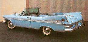 The trunklid decor on the 1959 Plymouth Sport Fury was supposed to look like an outside spare tire.