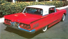 The first postwar sliding steel sunroof was offered on the 1960 T-Bird, which had otherwise been carried over from 1959 with few changes.