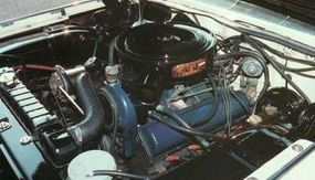 The 1962 Cadillac engine delivered 325 bhp at 4,800 rpm.