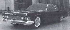 """Elwood Engel elected to not show this """"radical"""" version of a 1961 Ford Thunderbird design to Ford's Product Planning Committee."""