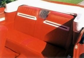 The interior of the top-line 1962 Nova 400 convertible was upmarket, featuring two-tone vinyl upholstery.